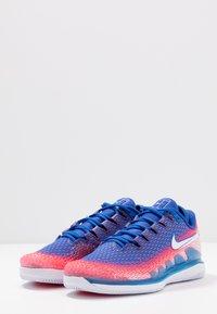 Nike Performance - AIR ZOOM VAPOR X - Multicourt tennis shoes - white/game royal/flash crimson - 2