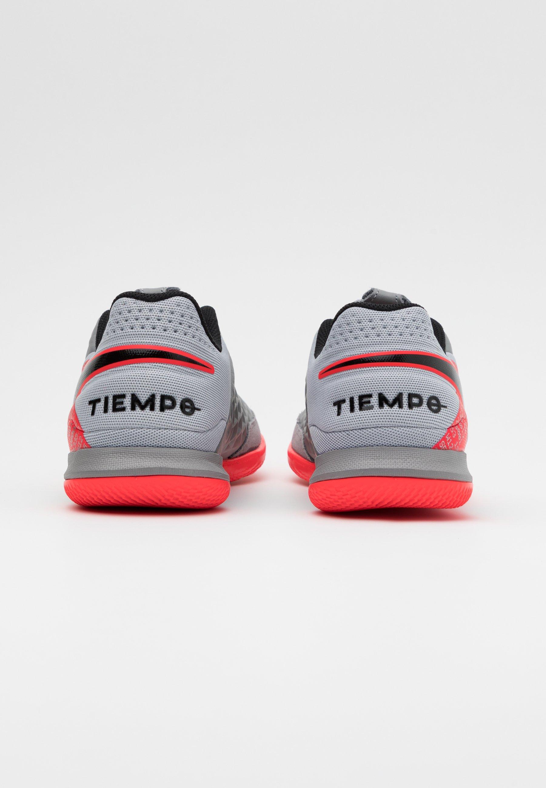 TIEMPO LEGEND 8 ACADEMY IC Chaussures de foot en salle metallic bomber greyblackparticle grey