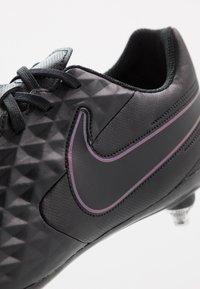 Nike Performance - TIEMPO LEGEND 8 CLUB SG - Voetbalschoenen met metalen noppen - black - 5