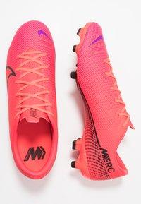 Nike Performance - MERCURIAL VAPOR 13 ACADEMY MG - Voetbalschoenen met kunststof noppen - laser crimson/black - 1