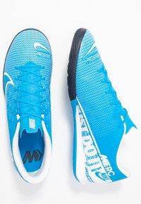 Nike Performance - VAPOR 13 ACADEMY IC - Futsal-kengät - blue hero/white/obsidian - 1
