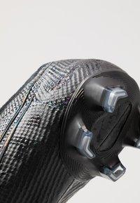 Nike Performance - MERCURIAL VAPOR 13 ELITE FG - Voetbalschoenen met kunststof noppen - black/matte silver/metallic cool grey/blue fury - 5