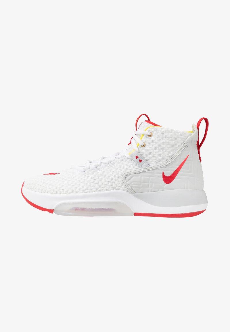 Nike Performance - ZOOM RIZE - Koripallokengät - white/red orbit/aurora green