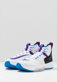 Nike Performance - ZOOM RIZE - Obuwie do koszykówki - white/photo blue/black/voltage purple - 2