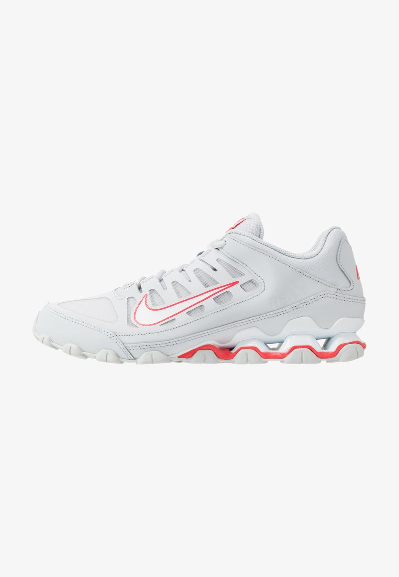 Nike Performance - REAX 8 TR - Zapatillas de entrenamiento - pure platinum/white/red orbit
