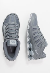 Nike Performance - REAX 8  - Sports shoes - cool grey/black/wolf grey - 1
