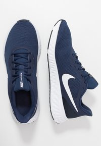 Nike Performance - REVOLUTION 5 - Neutral running shoes - midnight navy/white/dark obsidian - 1