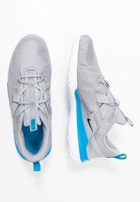 Nike Performance - RENEW ARENA SPT - Zapatillas de running neutras - wolf grey/black/white/blue hero - 1