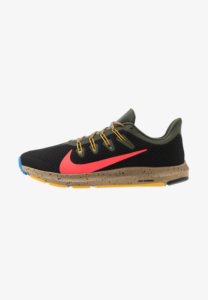 Nike Performance - QUEST 2 SE - Neutral running shoes - off noir/bright crimson/cargo khaki