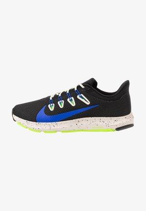 QUEST 2 SE - Chaussures de running neutres - black/racer blue/desert sand