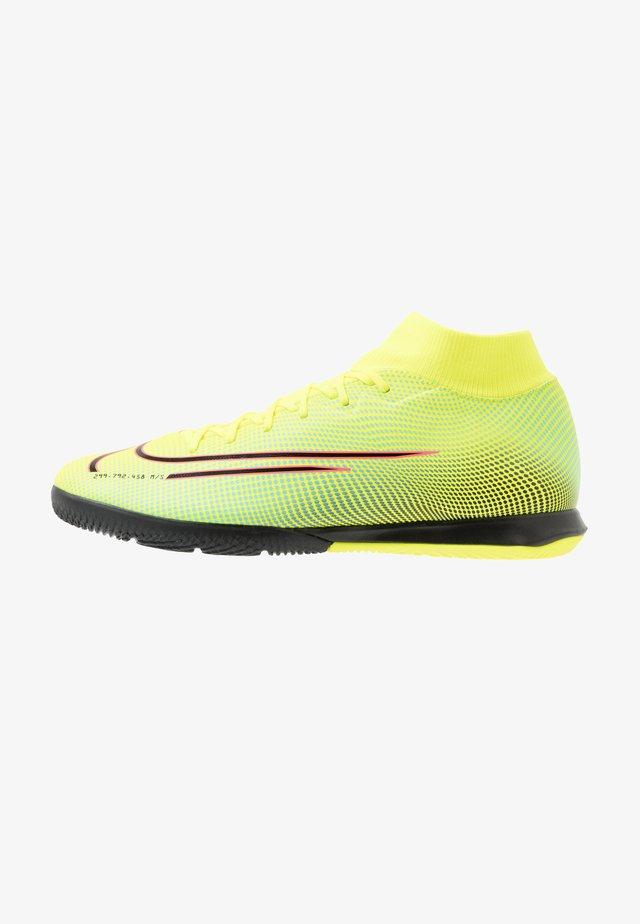 MERCURIAL 7 ACADEMY IC - Indoor football boots - lemon/black/aurora green