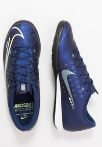 Nike Performance - MERCURIAL VAPOR 13 ACADEMY MDS IC - Futsal-kengät - blue void/metallic silver/white/black