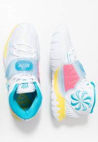 Nike Performance - KYRIE 6 - Koripallokengät - white/blue fury/optic yellow/digital pink - 1