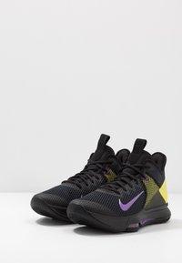 Nike Performance - LEBRON WITNESS IV - Obuwie do koszykówki - black/voltage purple/opti yellow/white - 2