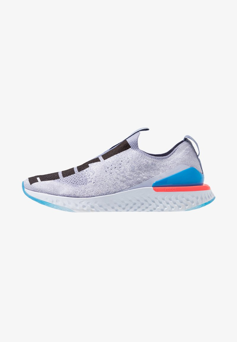 Nike Performance - EPIC PHANTOM REACT - Laufschuh Neutral - indigo fog/black/ghost/stellar indigo