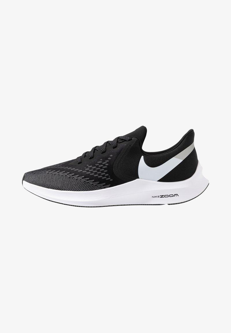 Nike Performance - ZOOM WINFLO 6 - Laufschuh Neutral - black/white/dark grey/metallic platinum