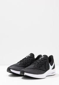 Nike Performance - ZOOM WINFLO 6 - Zapatillas de running neutras - black/white/dark grey/metallic platinum - 2