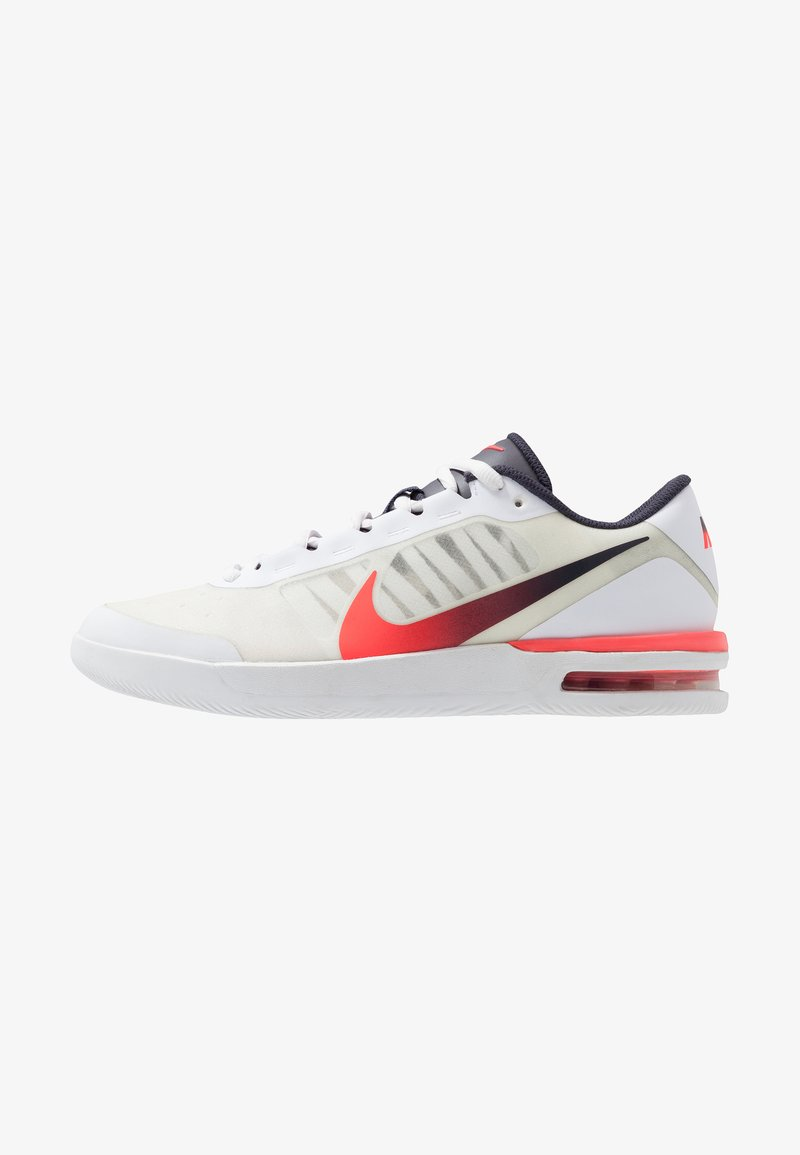 Nike Performance - AIR MAX VAPOR WING MS - Zapatillas de tenis para todas las superficies - white/laser crimson/gridiron