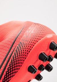 Nike Performance - MERCURIAL 7 ACADEMY AG - Voetbalschoenen met kunststof noppen - laser crimson/black - 5