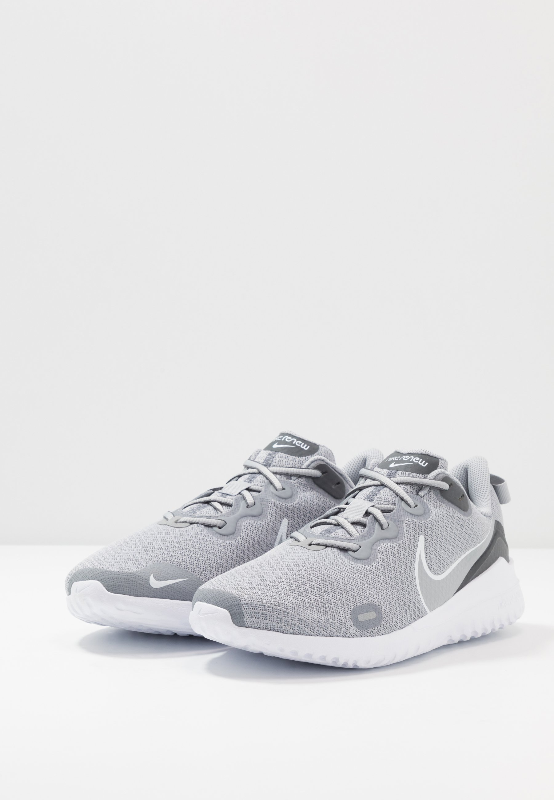 Nike Performance RENEW RIDE Neutral