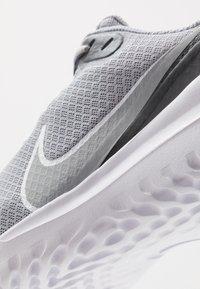 Nike Performance - RENEW RIDE - Neutral running shoes - wolf grey/white/dark grey - 5