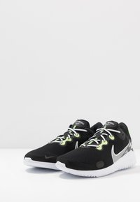 Nike Performance - RENEW RIDE - Juoksukenkä/neutraalit - black/white/ghost green/light smoke grey/dark smoke grey/sapphire - 2