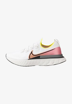 NIKE REACT INFINITY RUN FK - Zapatillas de running neutras - platinum tint/black/pink blast/total orange/lemon