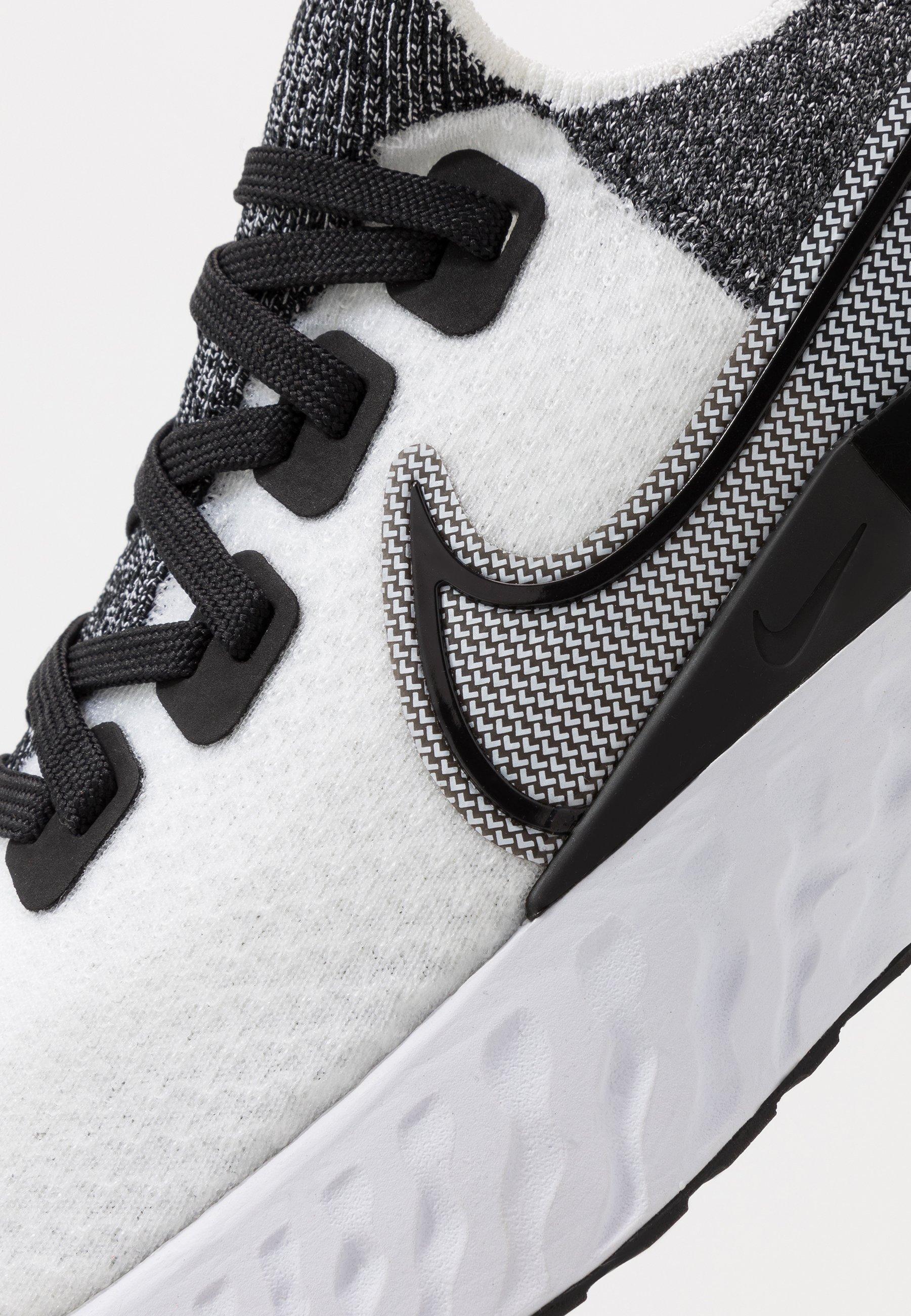Nike Performance REACT INFINITY RUN - Scarpe running neutre - true white/white/black/pure platinum v4dVL1Ua