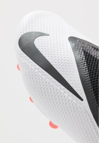 Nike Performance - PHANTOM VISION 2 PRO DF FG - Voetbalschoenen met kunststof noppen - white/black/laser crimson - 5