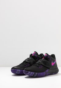 Nike Performance - KYRIE FLYTRAP III - Indoorskor - black/fierce purple/court purple