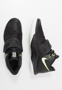 Nike Performance - KYRIE FLYTRAP III - Obuwie do koszykówki - black/white/volt - 1