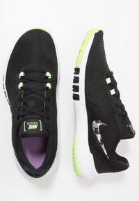 Nike Performance - FLEX CONTROL 4 - Sports shoes - black/smoke grey/ghost green/photon dust/sapphire - 1