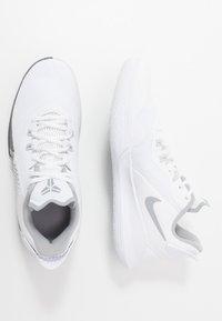 Nike Performance - MAMBA FURY - Obuwie do koszykówki - white/wolf grey/pure platinum - 1