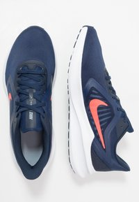 Nike Performance - DOWNSHIFTER 10 - Neutrale løbesko - midnight navy/laser crimson - 1