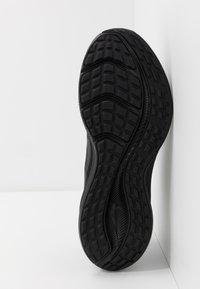 Nike Performance - DOWNSHIFTER 10 - Obuwie do biegania treningowe - black/iron grey - 4