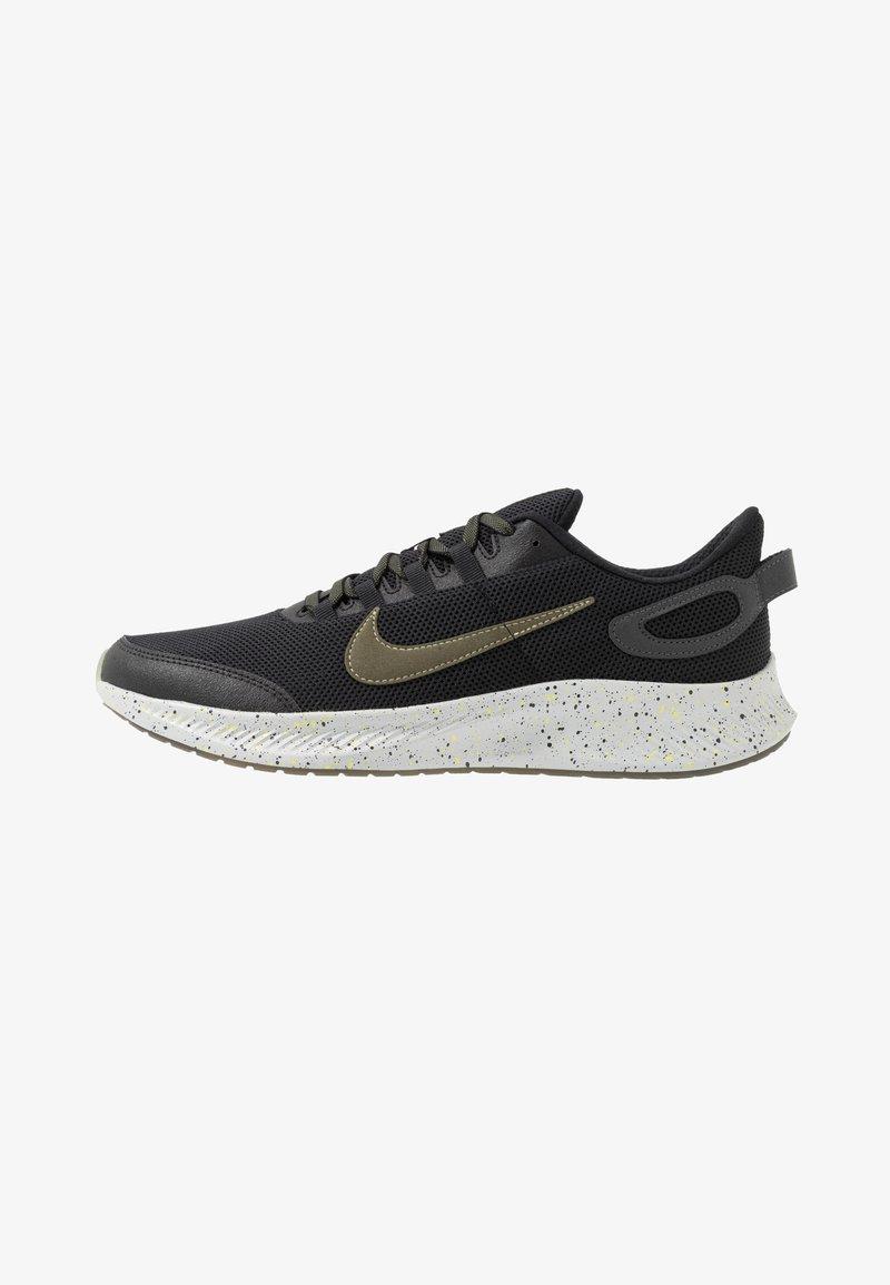 Nike Performance - RUN ALL DAY 2 SE - Juoksukenkä/neutraalit - black/medium olive/limelight