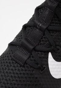 Nike Performance - FREE METCON 3 - Sports shoes - black/white - 5