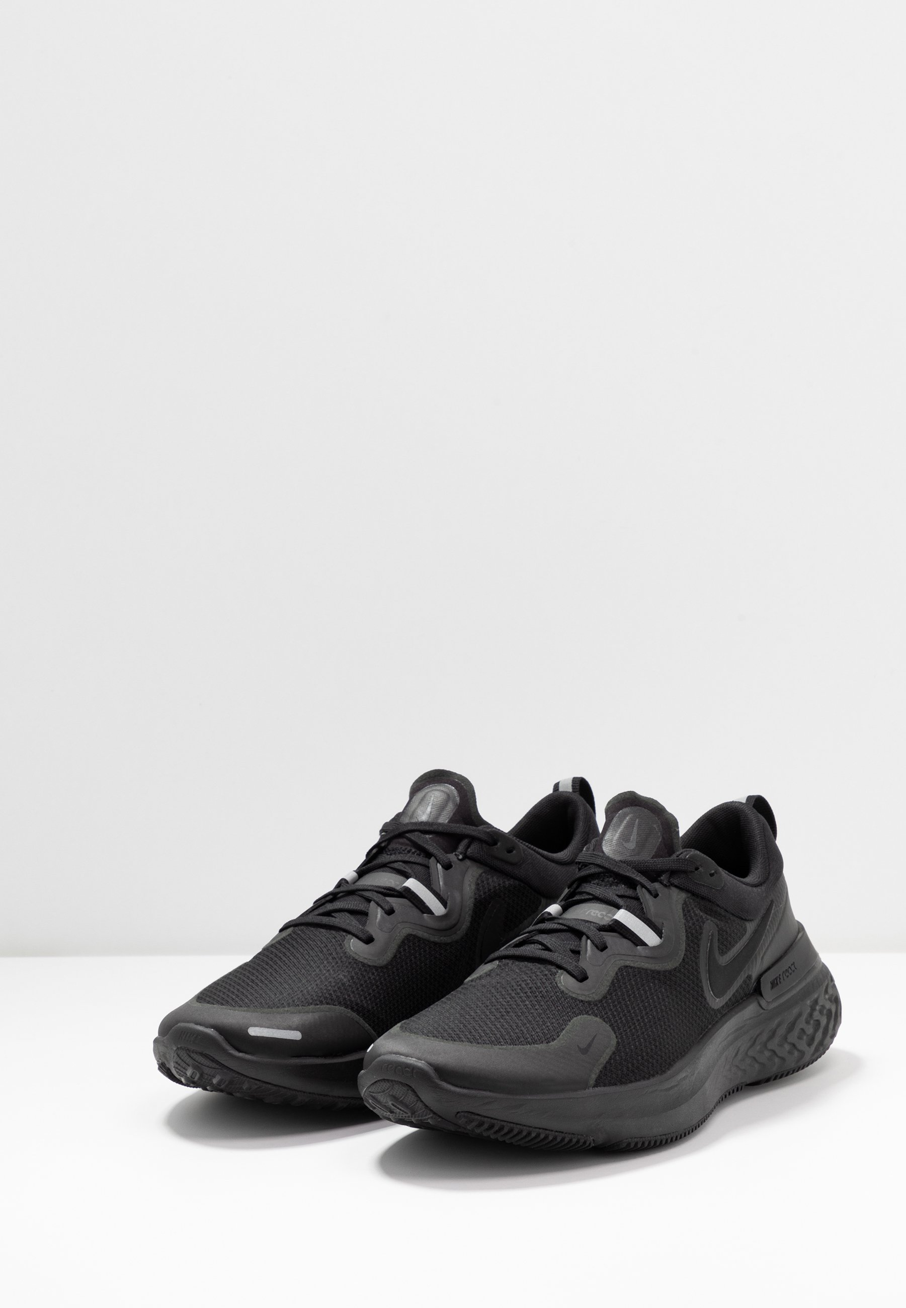REACT MILER Chaussures de running neutres black