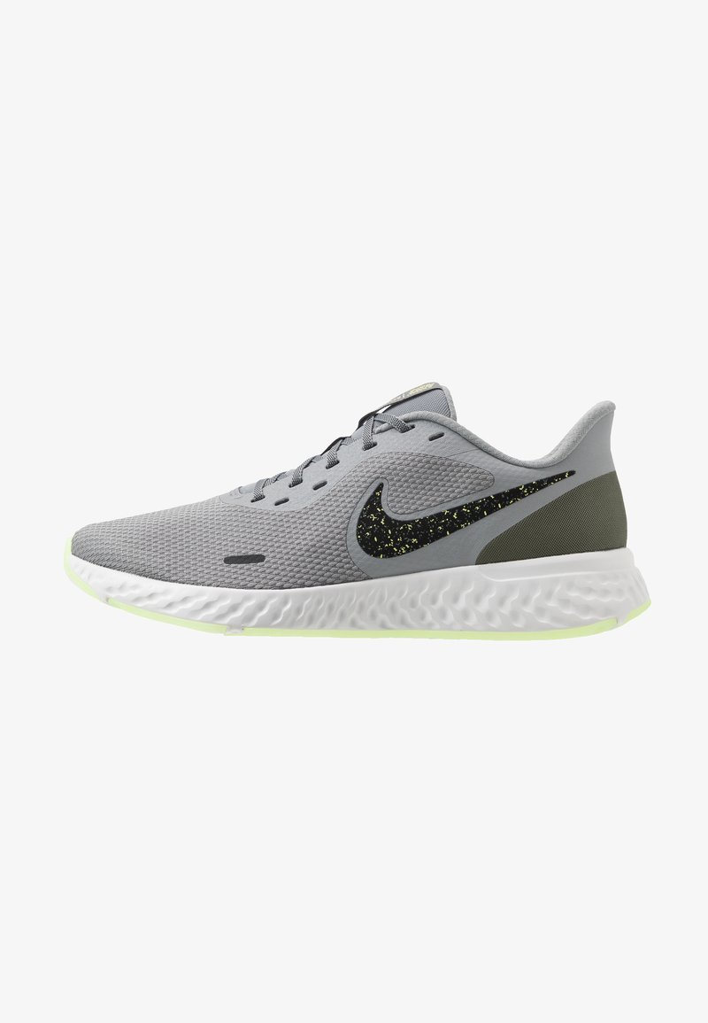 Nike Performance - REVOLUTION 5 SPECIAL EDITION - Neutral running shoes - particle grey/black/medium olive