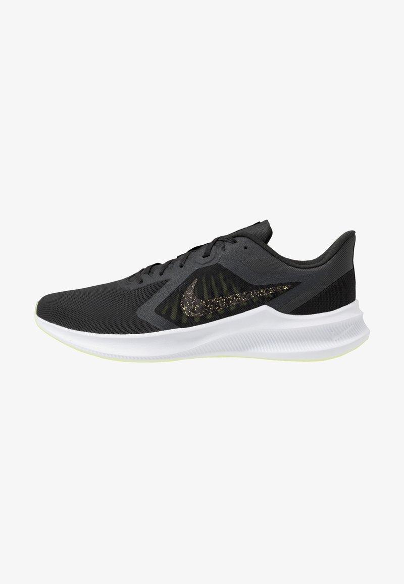 Nike Performance - DOWNSHIFTER 10 SE - Juoksukenkä/neutraalit - dark smoke grey/black/limelight
