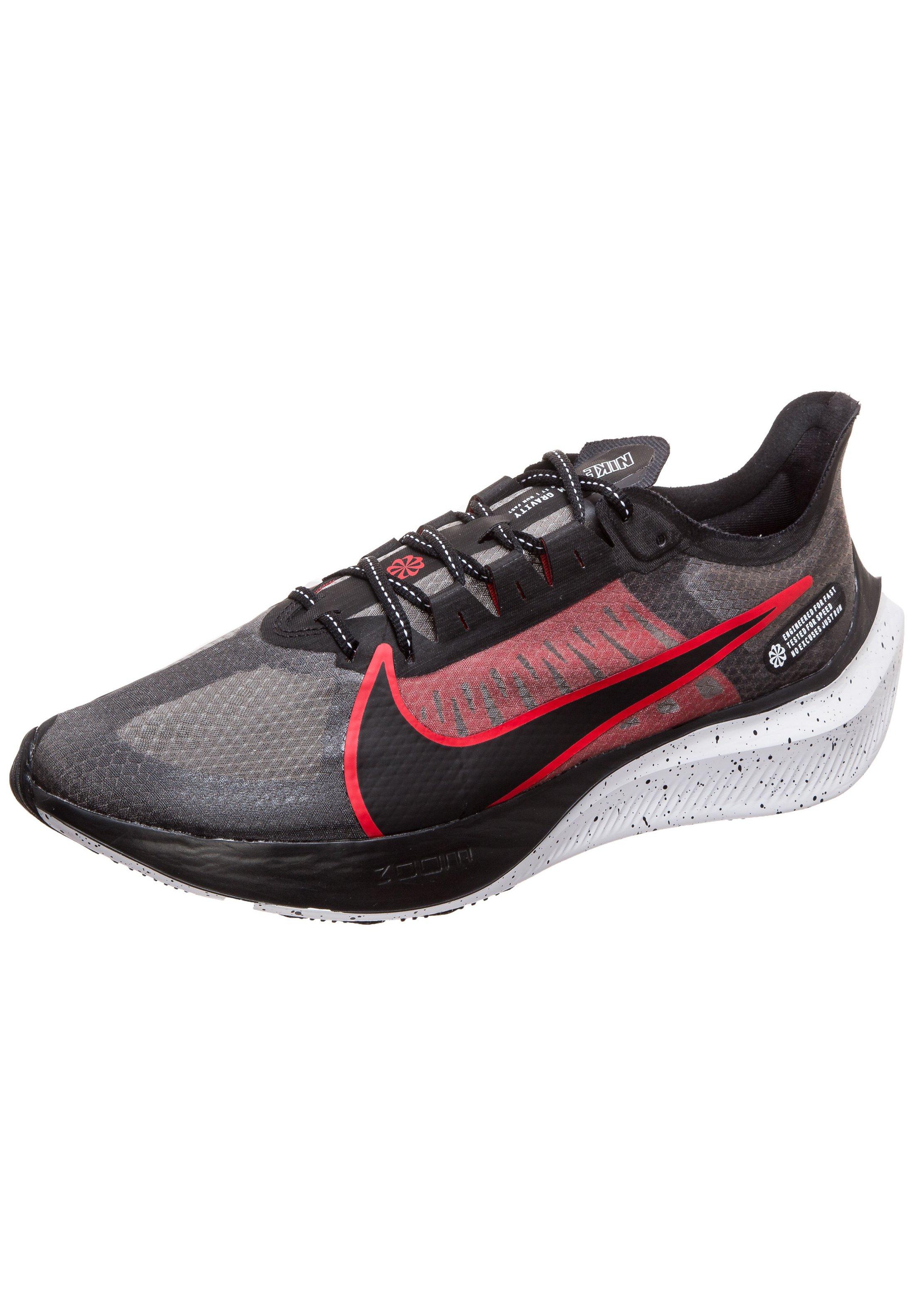 Nike Performance ZOOM GRAVITY LAUFSCHUH HERREN - Obuwie do biegania treningowe - black/red/white