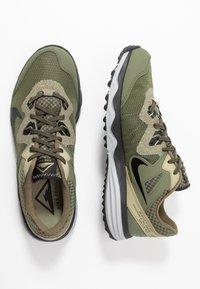 Nike Performance - JUNIPER TRAIL - Obuwie do biegania Szlak - tent/off noir/life lime/yukon brown - 1