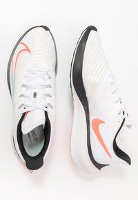 Nike Performance - ZOOM GRAVITY 2 - Zapatillas de running neutras - summit white/clear/black/oracle aqua - 1