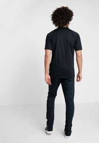 Nike Golf - DRY - T-shirt de sport - black/cool grey - 2