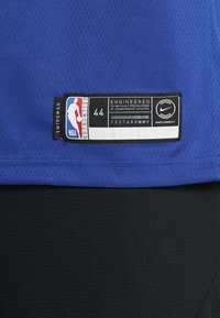 Nike Performance - NEW YORK KNICKS KRISTAPS NBA SWINGMAN - Pelipaita - rush blue - 6