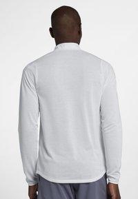 Nike Performance - Sportshirt - white - 2