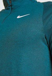Nike Performance - Sports shirt - valerian blue/white - 4