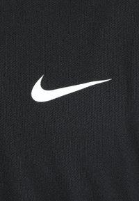 Nike Performance - DRY BLADE - Triko spotiskem - black/white - 5
