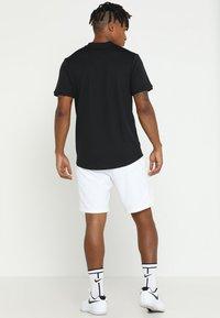 Nike Performance - DRY BLADE - Triko spotiskem - black/white - 2
