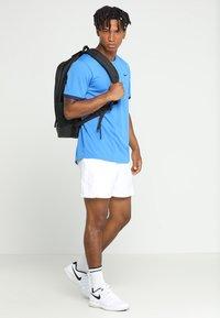 Nike Performance - DRY - Print T-shirt - signal blue/blue void/white - 1